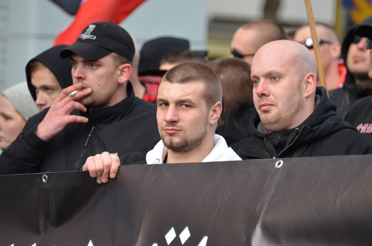 Links: Thomas Stratmann, rechts: Andre Lüken beim Naziaufmarsch am 30.03.2012 in Dortmund